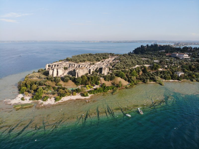 sirmione-italy-gardasee-catull